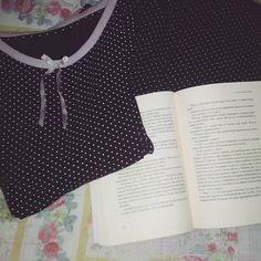 Ready for the night!  Libro col pigiama sfida 10 della #ireadchallengemay di @leggendoabari Buonanotte lettori voi cosa leggete stasera?  #libri #leggere #lettura #books #buonanotte #goodnight #bookstagram #booklover #bookworm #libro #reading #passionelettura #bookish #night #notte #bookporn #instalibro #instalike #like #girl #instafamous #bookblog #bookaddict #booksofinstagram #pigiama