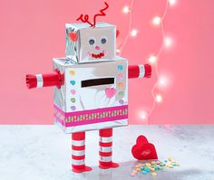 Find easy and affordable DIY projects you can do with friends and family, using all your favorite products from Big Lots. Valentines Robots, Kinder Valentines, Valentine Day Boxes, Valentine Day Crafts, Holiday Crafts, Cool Diy Projects, Projects For Kids, Diy For Kids, Crafts For Kids