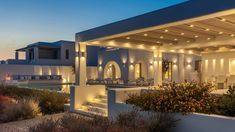 MIA I -Διώροφη εξοχική κατοικία στη Πάρο | vasdekis Paros, Luxury Villa, Bathroom Lighting, Mansions, Mirror, House Styles, Villas, Furniture, Home Decor