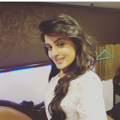 Cuteness overloaded rhea sharma Framing Photography, Face Expressions, Bollywood Celebrities, Cute Faces, Indian Girls, Live Life, Besties, Diva, Shaheer Sheikh