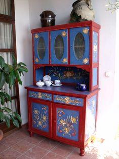 MENTŐÖTLET - kreáció, újrahasznosítás: Kredencek felújítva China Cabinet, Buffet, Storage, Furniture, December, Home Decor, Purse Storage, Homemade Home Decor, Crockery Cabinet