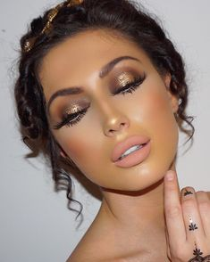 122.6k Followers, 1,134 Following, 434 Posts - See Instagram photos and videos from Gina B Celebrity Makeup Artist (@gina_badhen)