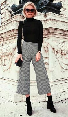 15 warm winter outfits with a turtleneck to copy ASAP #weartoworkskirt