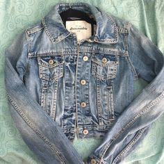 Abercrombie Jean jacket Kids medium! So it probably will fit a regular XS!! Abercrombie & Fitch Jackets & Coats Jean Jackets