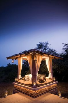 You can't get much sexier than this safari escape in India.