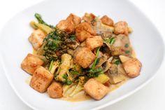 Currygryte med bakt tofu