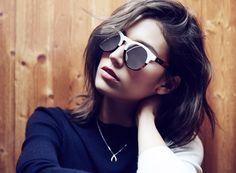 El modelo vintage por excelencia. Gafas de sol redondas Wolfnoir Hathi ACE Bicome W. Colección Úrsula Corberó. Lentes espejo polarizadas plata y montura bicolor