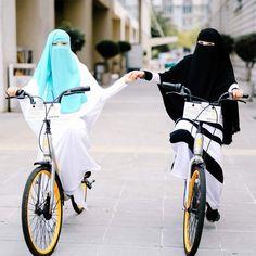 Muslim Girls, Muslim Couples, Muslim Women, Hijab Niqab, Muslim Hijab, Niqab Fashion, Muslim Fashion, Hijabi Girl, Girl Hijab