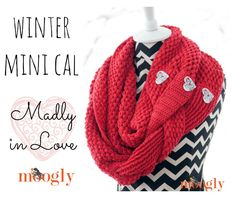 Check out these bright and beautiful crochet cowl @moogly made with our LB Collection Superwash Merino