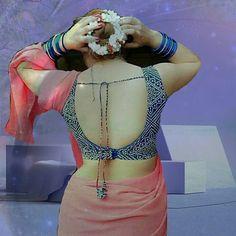 Bollywood's Bold and the Beautiful divas Beautiful Girl Indian, Most Beautiful Indian Actress, Beautiful Saree, Saree Blouse Neck Designs, Saree Blouse Patterns, Kids Party Wear Dresses, Saree Backless, Sexy Blouse, Sleeveless Blouse