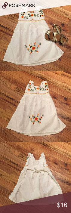 "🌸🌼 Gorgeous Embroidered Toddler Dress 🌼🌸 🌸🌼 Gorgeous embroidered dress. 🌼🌸 The only tag says ""2"" and this was purchased while on vacation outside of the US, so I do not have much information. I think the fabric is a heavier linen. Washed but never worn. Smoke free home. I do my best to find and disclose any damage, but please note this is a preloved item. 💕 Dresses"