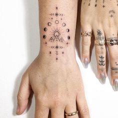 Hamsa Hand Tattoo, Ganesha Tattoo, Mandala Tattoo, Finger Tattoos, Body Tattoos, Life Tattoos, Hand Tattoos, Halloween Tattoo, Special Tattoos