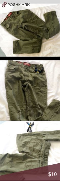 ARIZONA Sz 12R Skinny Jeans for Boys Regular fit size 12 skinny jeans. %100 cotton in excellent condition Arizona Jean Company Bottoms Jeans