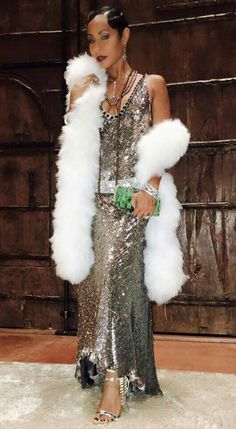 Great gatsby party dress - Kendall Jenner Was a Dazzling Daisy For Kris Jenner's Gatsby Party – Great gatsby party dress Harlem Renaissance Fashion, Renaissance Clothing, Renaissance Wedding, Renaissance Paintings, Renaissance Makeup, Renaissance Artists, Great Gatsby Party Dress, Gatsby Themed Party, Vestidos