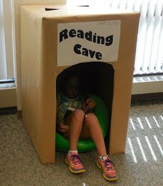 Teach Your Child to Read - Who didn't love a big box as a kid? Love this idea sunnydaypublishin. - Give Your Child a Head Start, and.Pave the Way for a Bright, Successful Future. Reading Centers, Reading Nook, Reading Corner Kids, Reading Tree, Elementary Library, Book Corners, Library Displays, Future Classroom, Ks1 Classroom