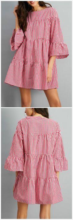 This plaid print dress is featuring three-quarter sleeves, boat neckline, ruffled detailing. Nice Dresses, Casual Dresses, Fashion Dresses, Dresses With Sleeves, Jeans Dress, I Dress, Nursing Wear, Look 2018, Virtual Fashion