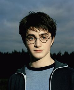 23 Photos Of Daniel Radcliffe Growing Up Before Our Eyes - 23 Photos Of Daniel Radcliffe Growing Up Before Our Eyes Harry Potter And The Prisoner Of Azkaban More - Daniel Radcliffe Harry Potter, Harry James Potter, La Saga Harry Potter, Mundo Harry Potter, Harry Potter Tumblr, Harry Potter Pictures, Harry Potter Cast, Harry Potter Universal, Harry Potter Characters
