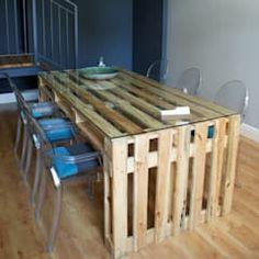 Sala de jantar por Fabryka Palet