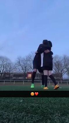 Cute Soccer Couples, Football Couples, Football Girls, Cute Galaxy Wallpaper, Cartoon Wallpaper Hd, Snapchat, Lil Peep Beamerboy, Birthday Post Instagram, Tumblr Couples