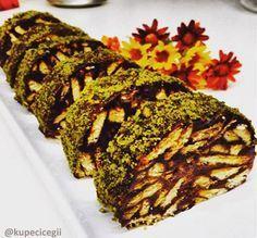 Mozaik pasta sevenler için çikolatalı ve nescafeli olarak kesinlikle denemeniz gereken bir lezzet.