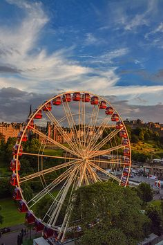 Ferris Wheel at sunset in Edinburgh, Scotland. Photo by Colin Meyers.