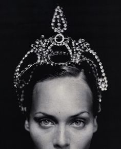 #American #model Amber Valletta by Paolo Roversi