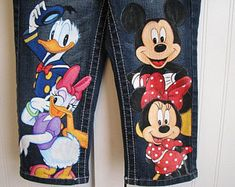 Disney Inspired Outfits, Disney Outfits, Outfits For Teens, Cute Outfits, Disneyland Outfits, Painted Jeans, Painted Clothes, Hand Painted, Custom Clothes