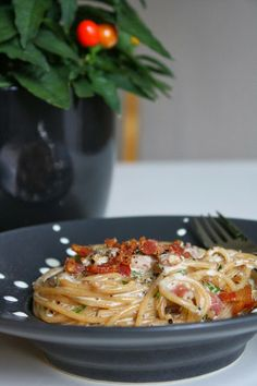 Pasta Carbonara, Easy Cooking, Pasta Dishes, Macaroni And Cheese, Spaghetti, Food And Drink, Koti, Chicken, Ethnic Recipes