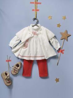 #Tregging fantaisie + #Blouse à smocks + #Cardigan #tricot + #Bottines fourrées frangées bébé - Collection automne hiver 2014 - www.vertbaudet.fr