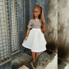 Sharon #barbie #barbiethelook #vidaooak #handmade #city #shopper #barbieaa #barbiecollector #barbiestyle #style #curvy #hairstyle #ponytail #fashiondolls #itdoll #itgirl #blog #blogger #instadoll #dolls #dollsgram #dollstagram #dudeswithdolls #instaphoto #photography #photoshoot #photodoll #dollphoto #lookoftheday