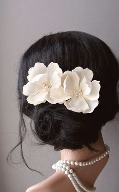 Wedding Hair Accessories, Bridal Ivory Cream Magnolia Flower Clips, Wedding Floral Fascinator, Vintage Style Hairpiece, Bridal Hair Flowers