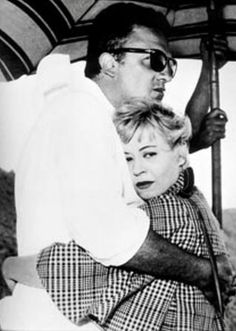 Giulietta Masina hugging her husband Federico Fellini Movie Couples, Famous Couples, Fellini Films, Cinema, Gene Kelly, Film Inspiration, Jane Russell, Important People, Face Expressions