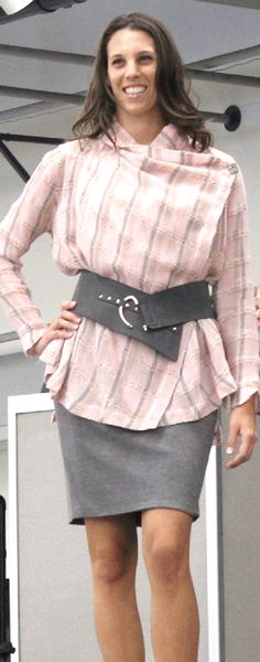 Vogue Patterns V1430 tunic sewing pattern by Sandra Betzina. As seen at the 2015 Sewing & Stitchery Expo.