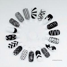 The Best Nail Art Designs – Your Beautiful Nails Black And White Nail Designs, Black And White Nail Art, White Glitter, Stylish Nails, Trendy Nails, Nail Art Wheel, Super Nails, Cute Nail Designs, Beautiful Nail Art