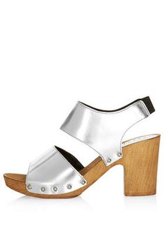 metallic slingback sandals