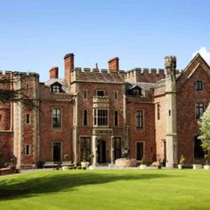Rowton Castle wedding venue in Shrewsbury, Shropshire. An historic Grade II listed building dating back to the 17th century. Perfect for your exclusive wedding venue.