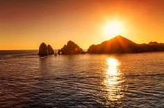 Fall in paradise! #CaboShines #BuyTheBeachHouse #FallColors The weather this week is calling for temps in the high 80s. Enjoy the sunshine! | Los Cabos Real Estate Magazine