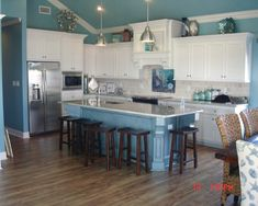 Tropical Kitchen Design, Pictures, Remodel, Decor and Ideas - page 4