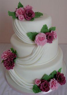 Wedding cake by http://cakesjust4u.jimdo.com/