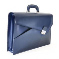 #Stylish one! Leather business bag by Pratesi. Leon Battista Alberti. Made in Italy. Check it out!!  www.tevitalianstyle.com online store