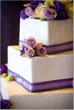 Purple wedding cake! photo by Blueberry Photography