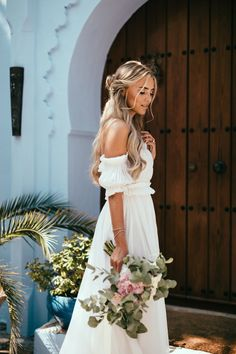 Janni Delér - Blogger from Stockholm, Sweden living in Monaco. Love to travel and see the world, also have a huge interest in fashion, training and food! Wedding Exits, Wedding Goals, Wedding Photography Inspiration, Wedding Inspiration, Fittness, Deer Wedding, Minimalist Wedding Dresses, Bridal Pictures, Julia