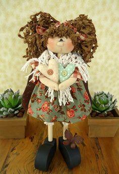 Apostila contendo moldes da boneca em madeira,roupa,cabelo. Passo a passo da pintura da boneca e montagem. Frete por conta do cliente. R$ 30,00