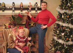 No one's immune to bad, awkward family Christmas photos! Here's more of the creepiest, funniest, awkward family Christmas photos and holiday cards ever! Funny Family Christmas Photos, Xmas Photos, Christmas Couple, Funny Family Photos, Printable Christmas Cards, Funny Christmas Cards, Christmas Photo Cards, Christmas Ecards, Christmas Pics