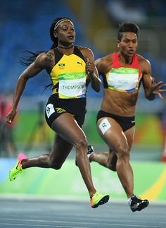 Elaine Thompson Photos - Elaine Thompson of Jamaica competes in the Women's Round 1 on Day 7 of the Rio 2016 Olympic Games at the Olympic Stadium on August 2016 in Rio de Janeiro, Brazil. Olympic Games Sports, Olympic Athletes, Olympic Gymnastics, Gymnastics Quotes, Rio Olympics 2016, Summer Olympics, Running Pose, Rio 2016, Track And Field