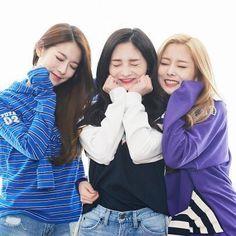 Rena, Kyulkyung & Eunwoo