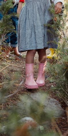 Click to shop the cutest pink polka dot rain boots for children from LondonLittles.com
