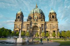 Berlin - 3 days guide to the hipster city with culture & travel tips – Pergamon Museum, Museum Island, Potsdamer Platz, East Side Gallery, Berlin Wall, History Museum, Culture Travel, Free Time