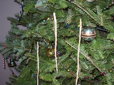 Rabbit Hill Primitives and Vintage: Icicle Tutorial Diy Icicle Ornaments, Primitive Christmas Ornaments, Prim Christmas, Country Christmas, All Things Christmas, Handmade Christmas, Christmas Holidays, Xmas, Christmas Glitter