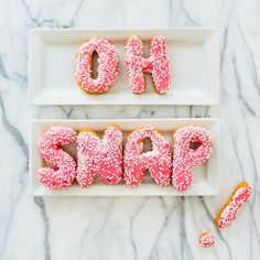"Reese Witherspoon on Instagram: ""Bend and..... #CouldntResist #DonutsPlease #NomNomNom   (Photo @studiodiy)"""
